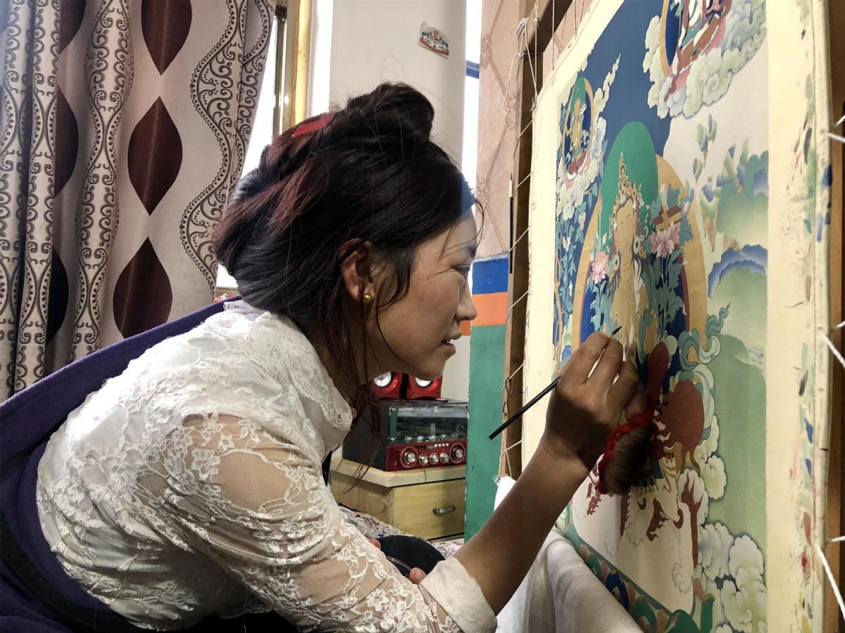 Thangka masters modernize, revitalize traditional art form