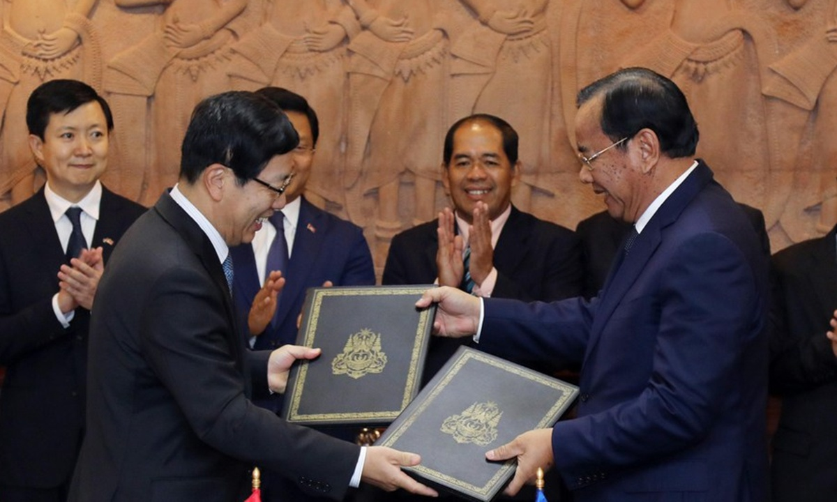 Cambodia makes its own way, not a US lackey