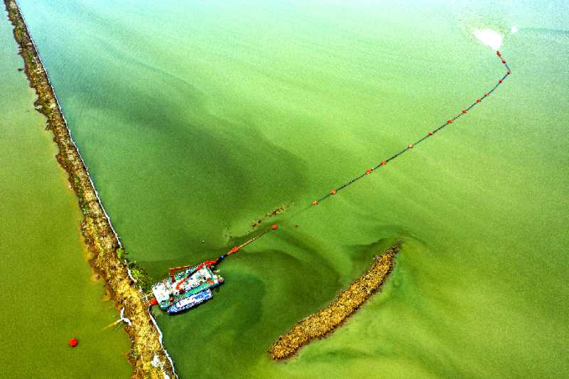 China's first large-scale reservoir dredging pilot project of Suya Lake a success
