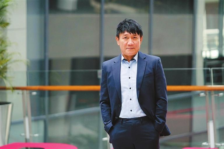 South Korean: SZ is a city with dynamic development
