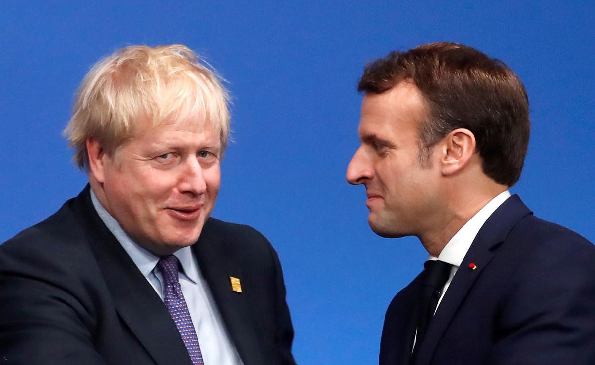 Johnson and Macron discuss EU deal