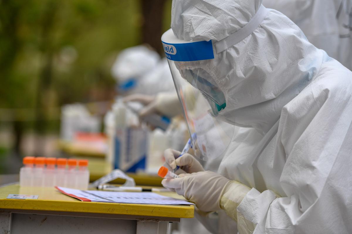 Top legislature reviews draft biosecurity law