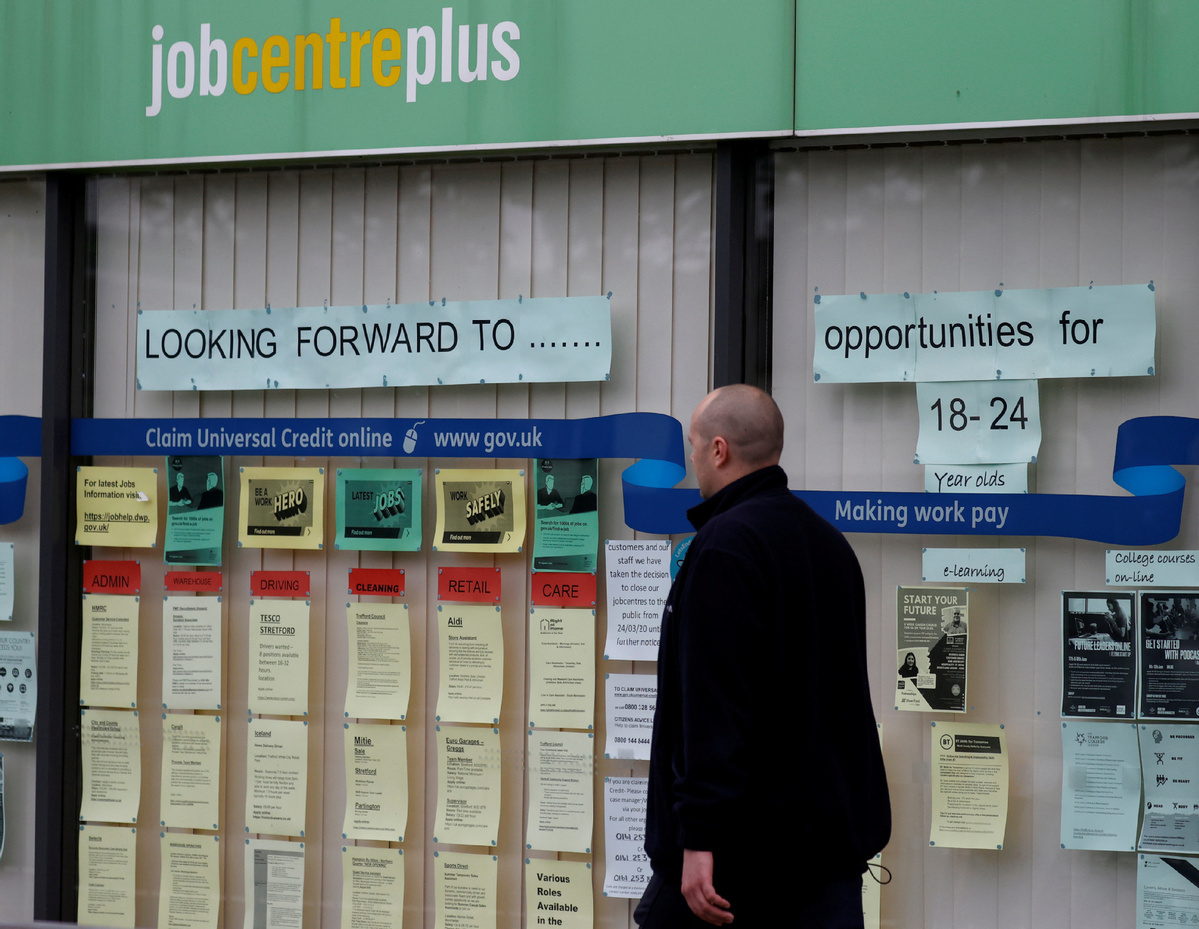 Think tanks issue grim unemployment warnings