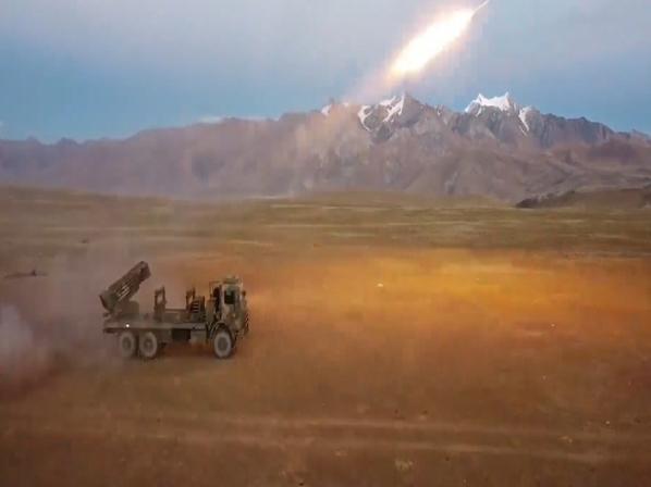 PLA tests truck-based rocket-propelled mine launchers in plateau region
