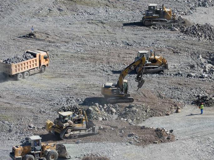 Fukang pumped-storage power station under construction in Xinjiang