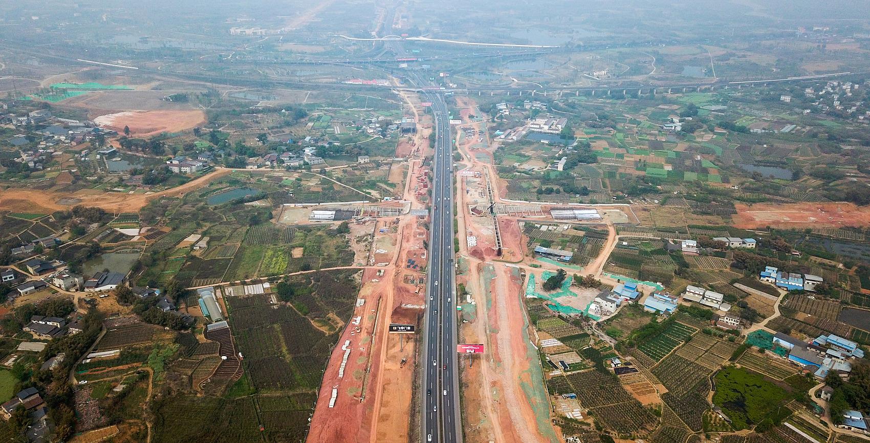 CPC leadership reviews master plan for Chengdu-Chongqing economic circle