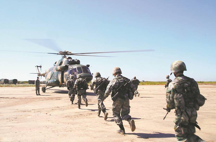 Army aviation brigade trains near Bohai Bay