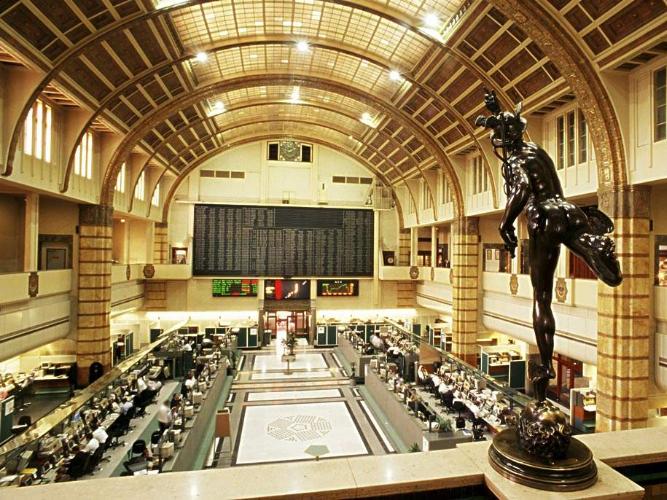 Paris bourse trade suspended due to 'technical problem': Euronext