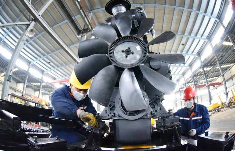 China's GDP rises 4.9% year-on-year in Q3