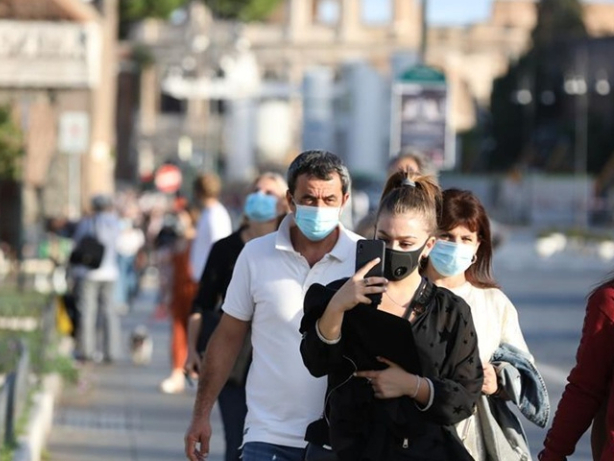 Europe virus deaths hit 250,000