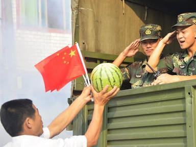 Xi meets with role models for promoting military-civilian solidarity