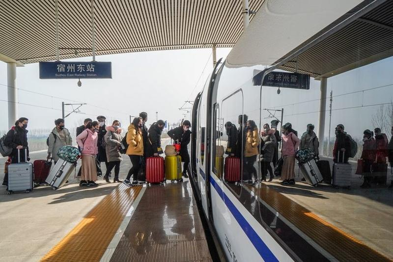 China's transport system rapidly recovers, investments up 9.8%: Ministry