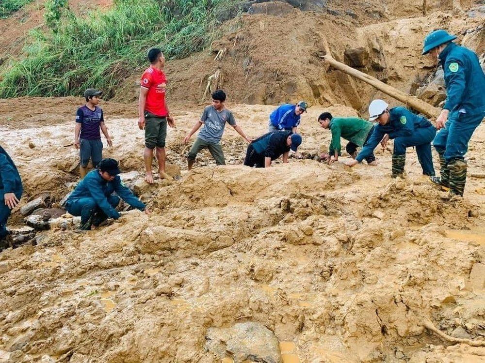 Typhoon, landslides leave 35 dead, 59 missing in Vietnam