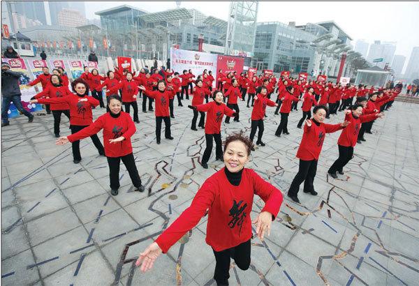 Shanghai unveils square dancing law