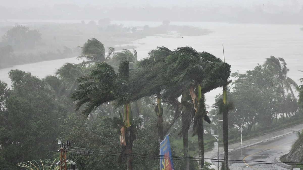 Typhoon Molave leaves 27 dead, 50 missing in central, central highlands Vietnam