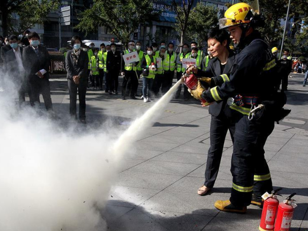 Fire drill held in Shanghai to ensure smooth progress of upcoming CIIE