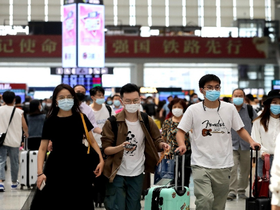 Shanghai residents refusing to wear masks in public to bear legal liability