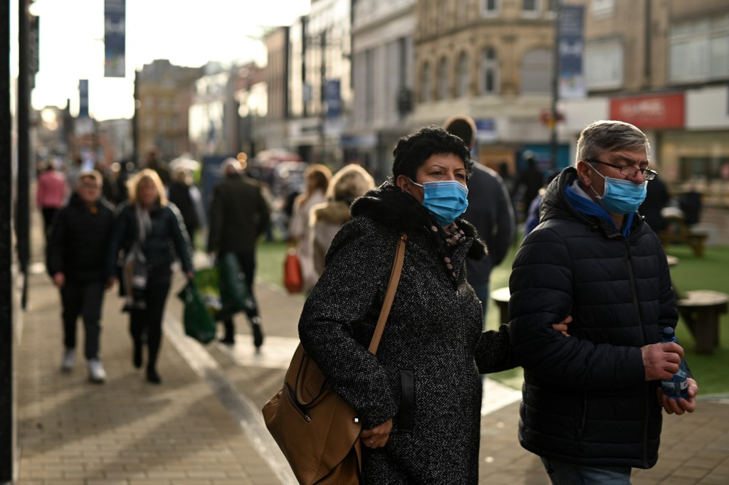 The latest: COVID-19 outbreak worldwide (Updated November 2)
