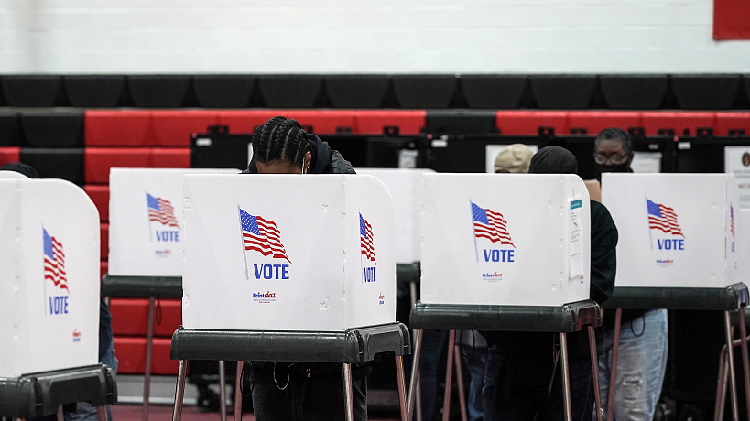 Election Day voting begins in US with first ballots cast in New Hampshire