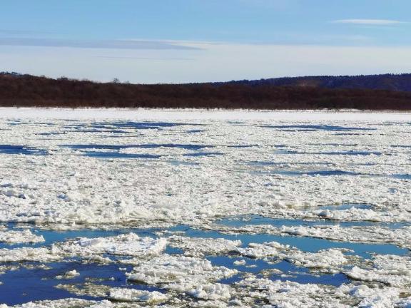 Heilongjiang River about to enter frozen season