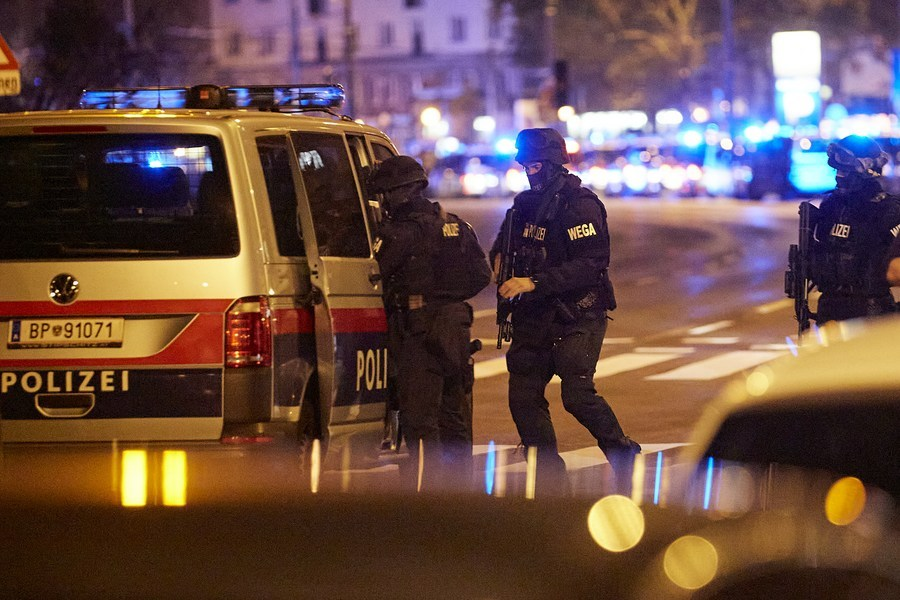 Austria declares 3 days of mourning