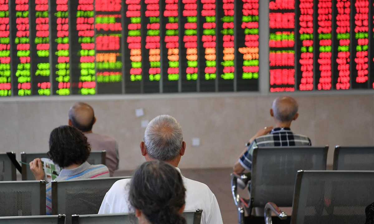 China shares rally amid border opening-up commitment, close race in US presidential election