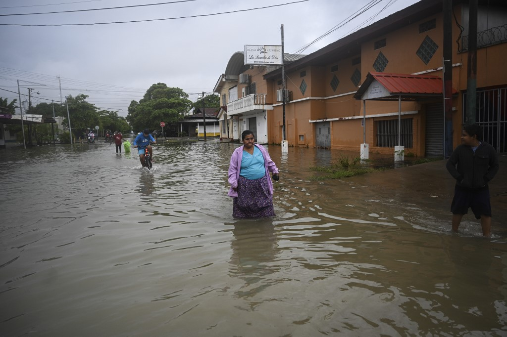Landslides kill 18 as Eta takes a toll on Central America