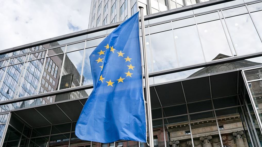 EU urges online platforms to brace for new wave of consumer scams