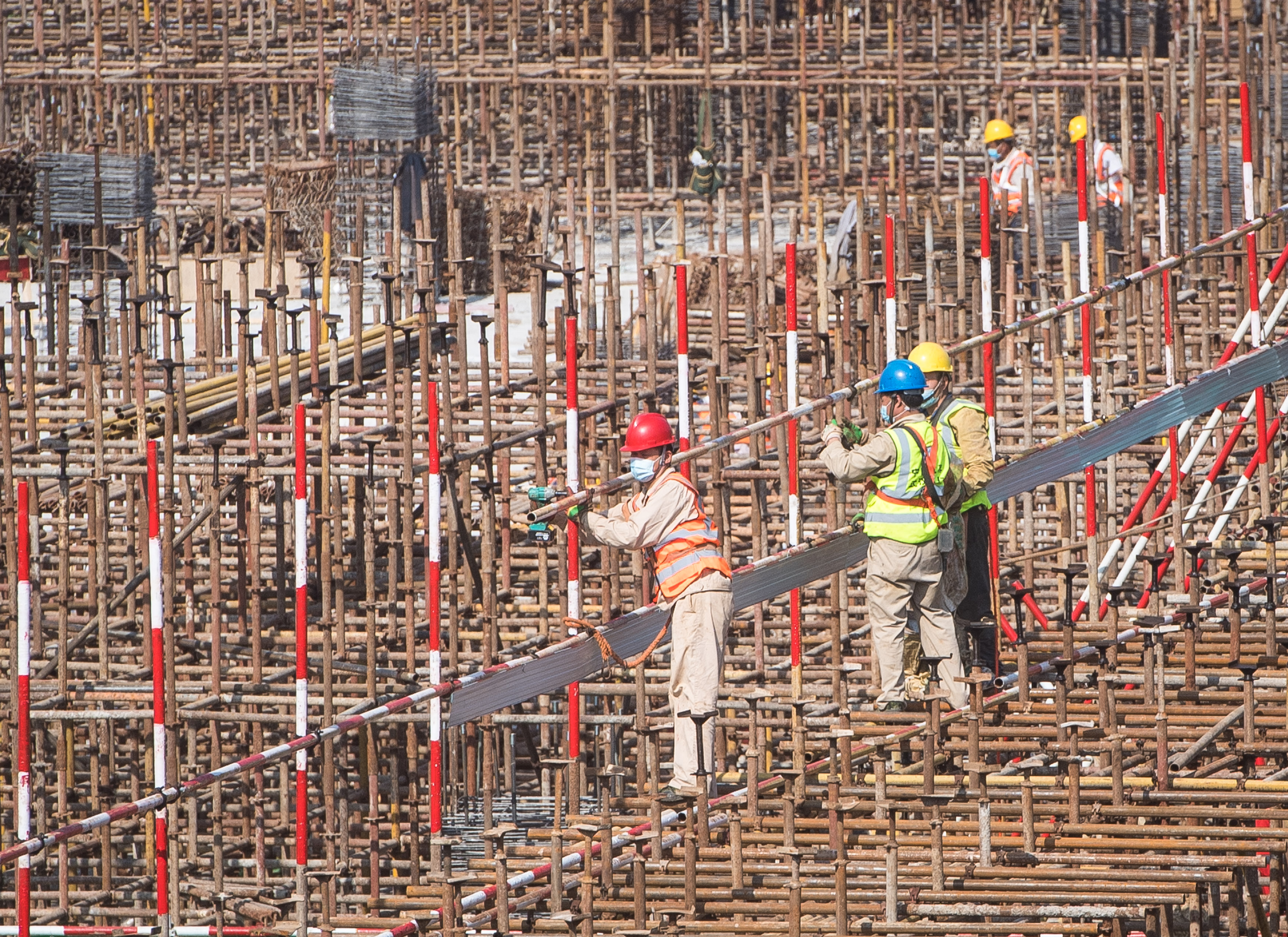 China's building materials sector reports growth in first three quarters