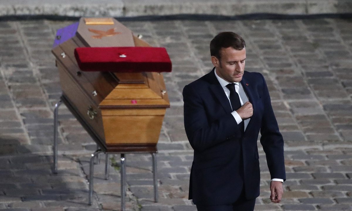 France to host video summit on terror reply