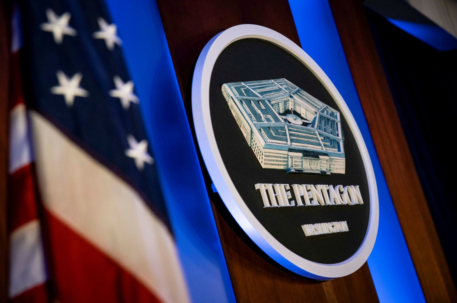 More Pentagon officials quit after ousting of chief