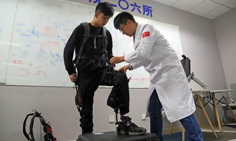 China-developed exoskeletons to support patrol, logistics tasks in high-altitude region