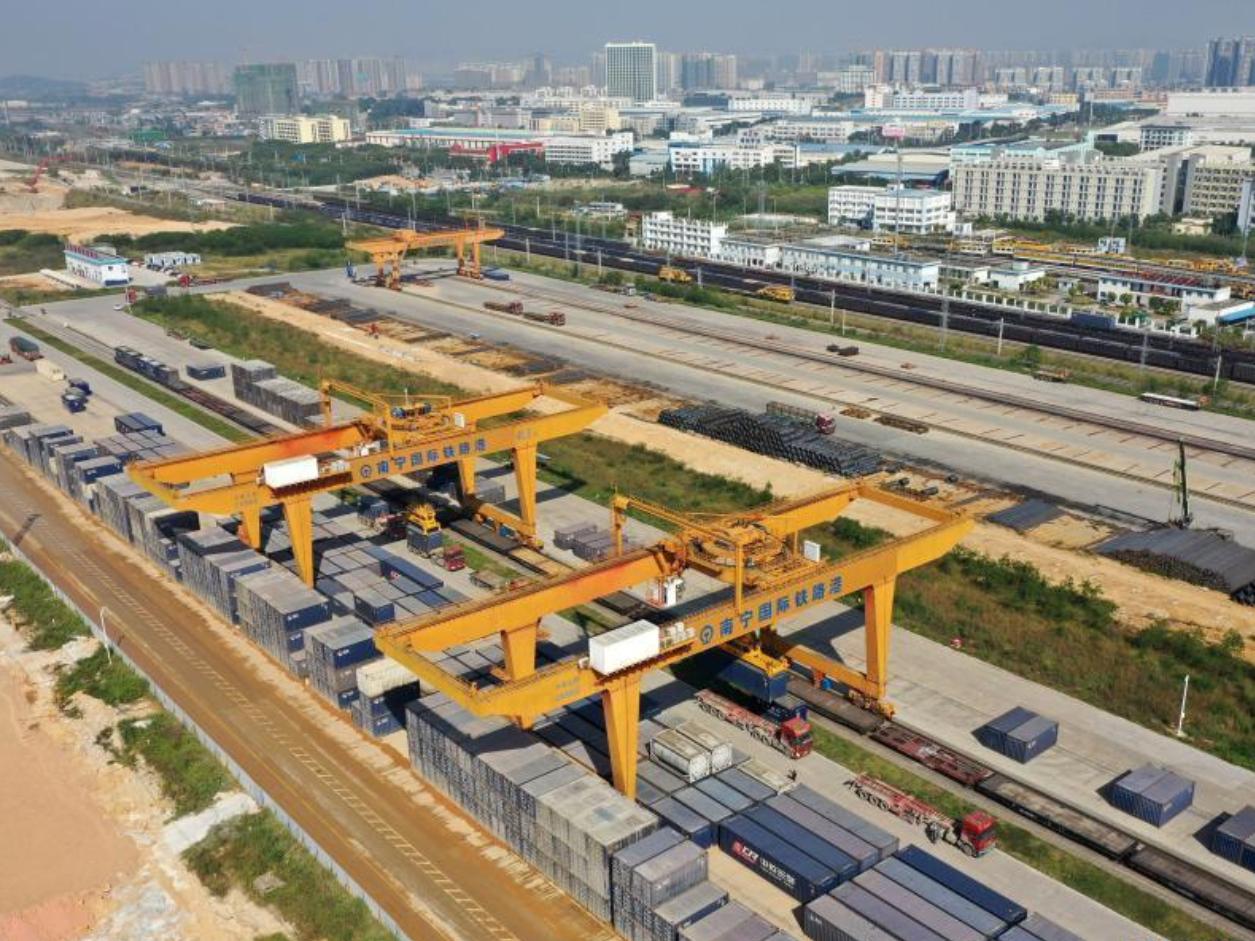 Nanning int'l railway port helps push forward China-ASEAN trade