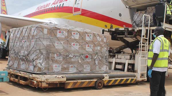 Chinese peacekeepers donate supplies to South Sudan's police for COVID-19 fight
