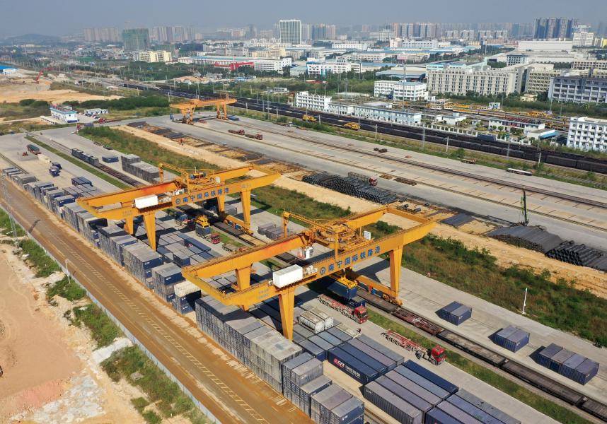 Nanning railway port helps push forward China-ASEAN trade