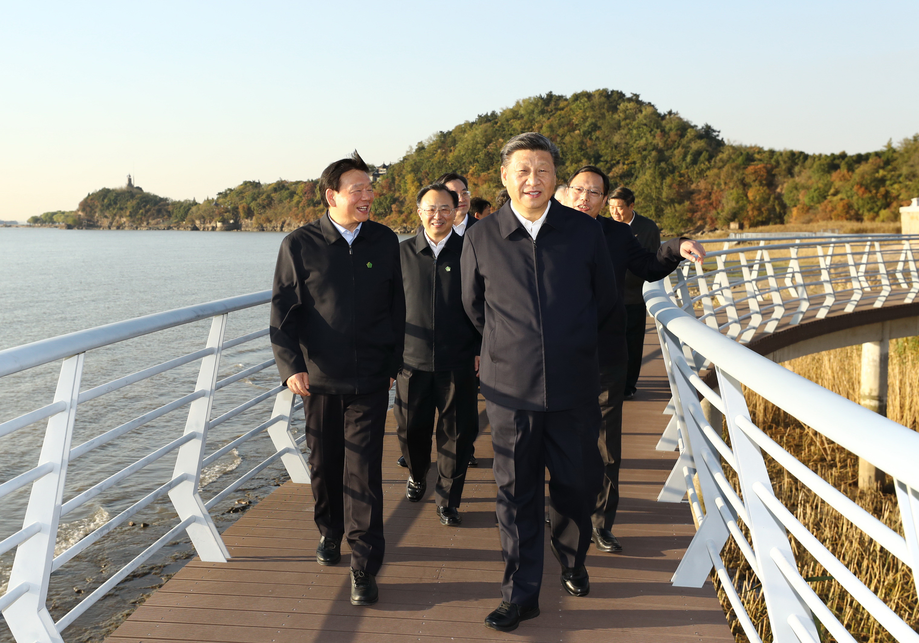 Xi inspects environmental protection of Yangtze River