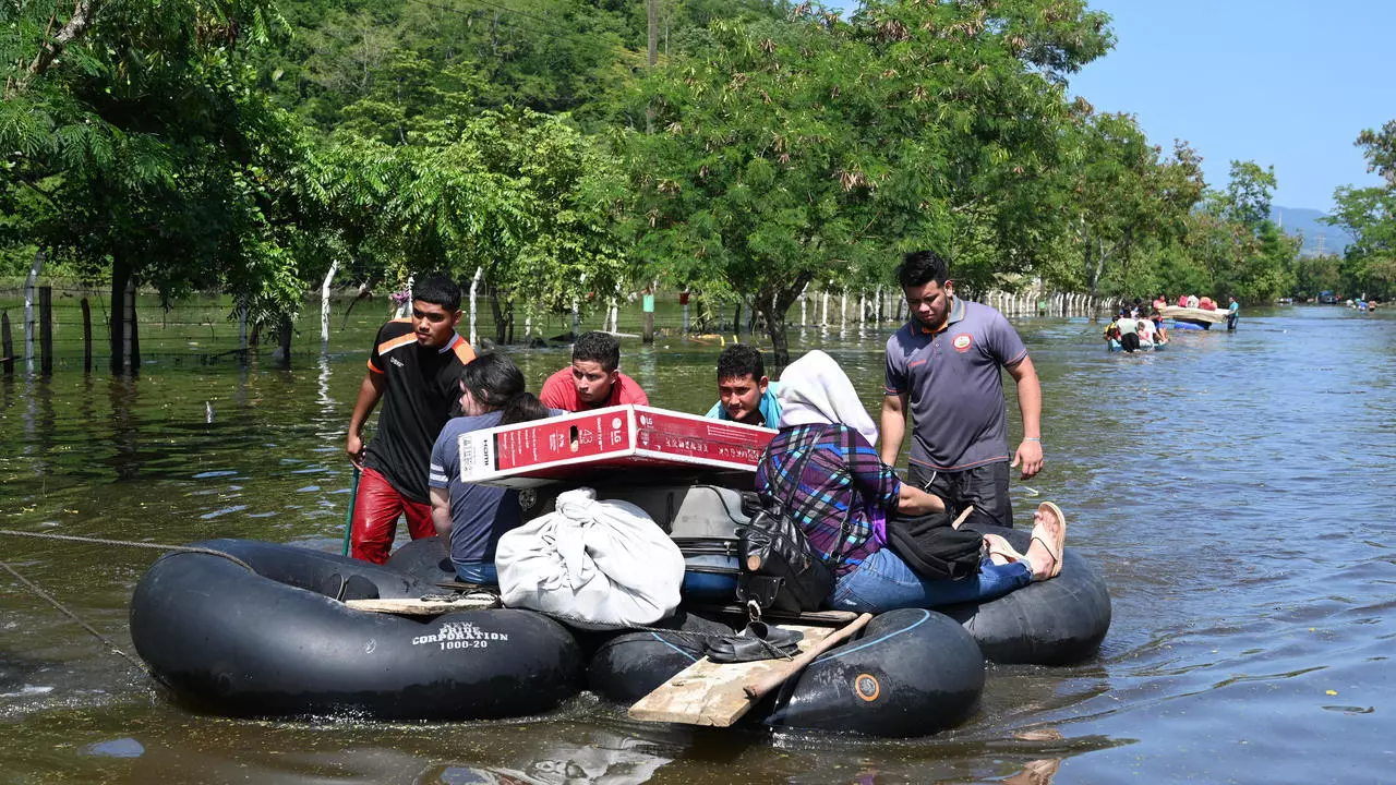 Hard-hit Central America in crosshairs of another hurricane