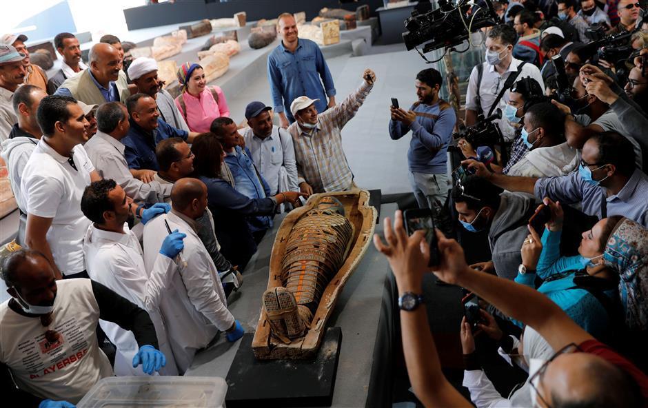 Rare find of 100 coffins, mummies in Egypt