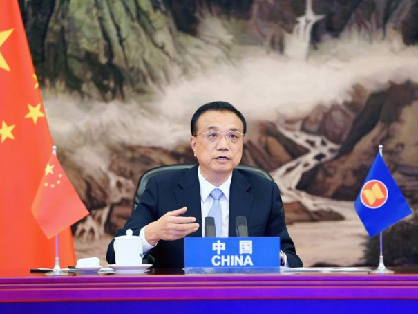 Chinese premier urges further cooperation, sustainable development to counter challenges amid COVID-19