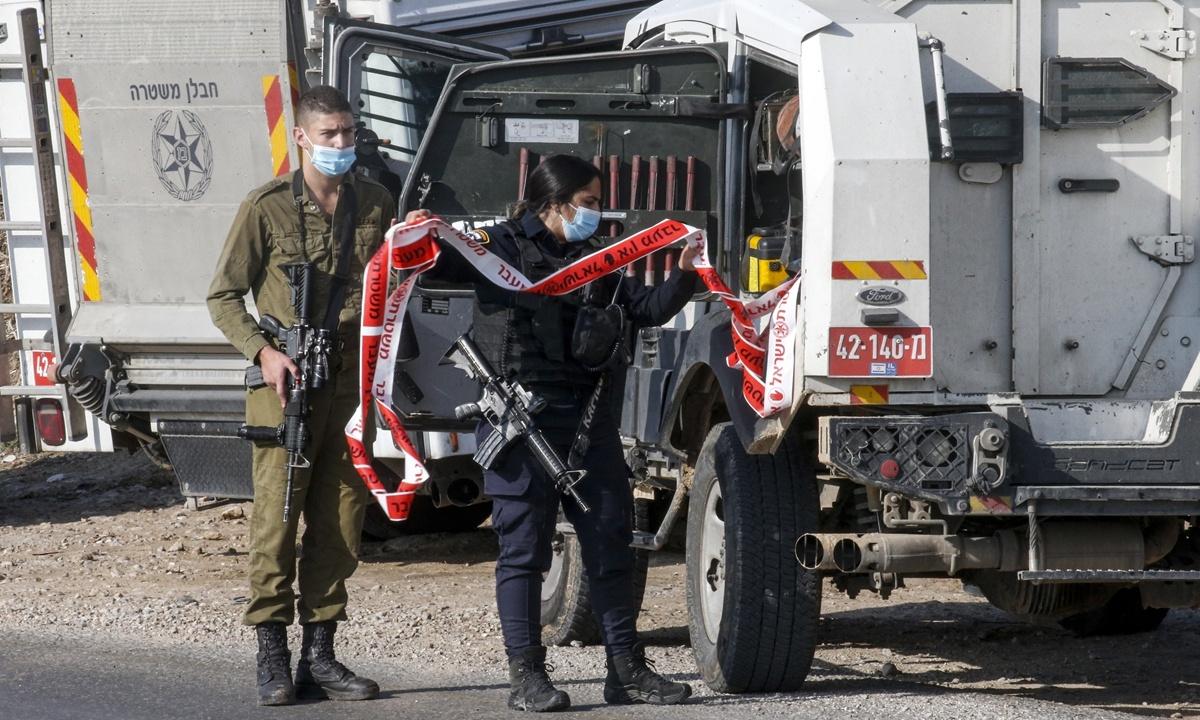 Israel strikes Hamas posts in Gaza after rocket attack