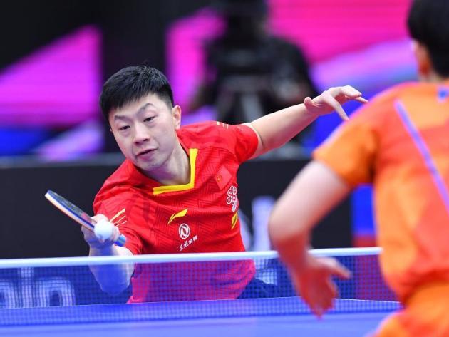 Highlights of men's singles semifinal match at 2020 ITTF Men's World Cup