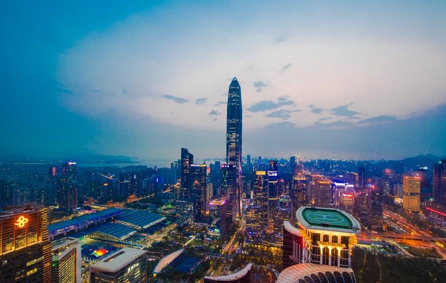 Shenzhen to recruit HK, Macao graduates as civil servants