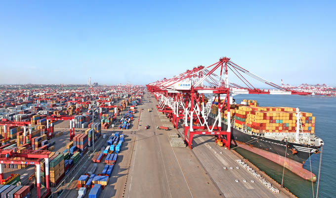 Sky rail to facilitate container transport in China's Qingdao port