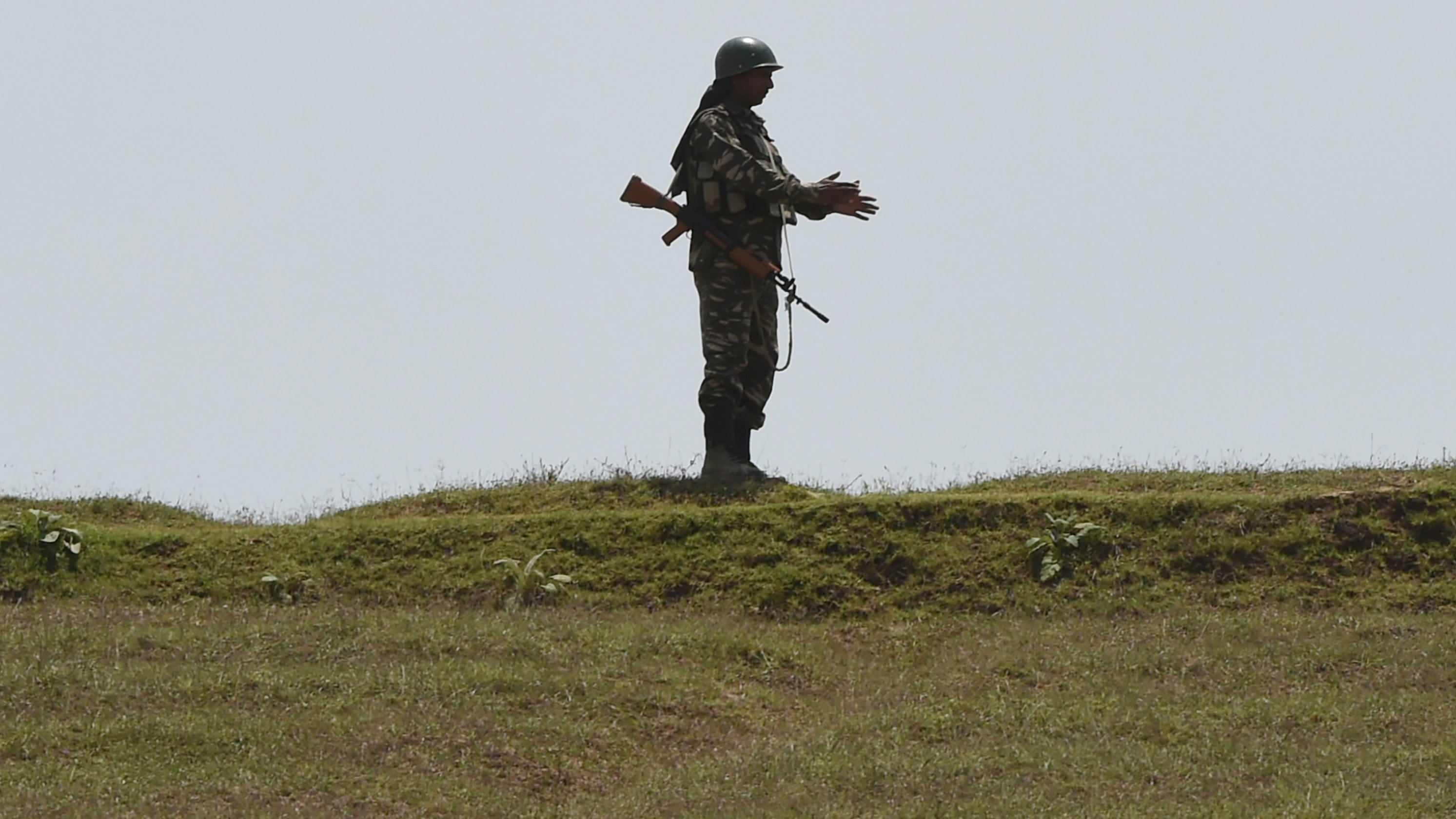 4 militants killed in Indian-controlled Kashmir gunfight