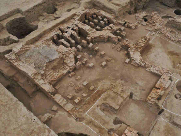 Romanesque ancient bathhouse excavated in China's Xinjiang