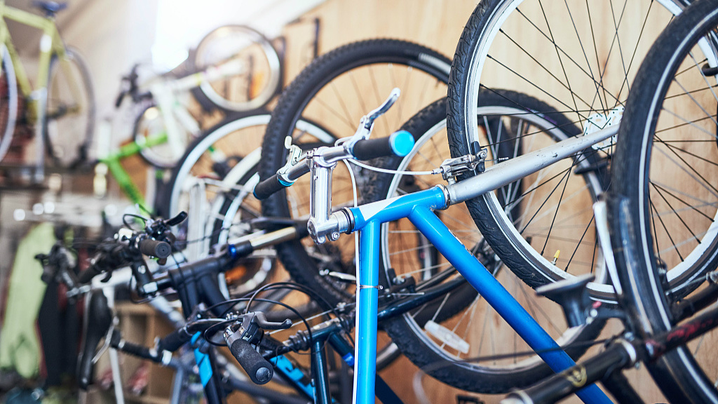 China shifts gear from nation on bicycles to manufacturer