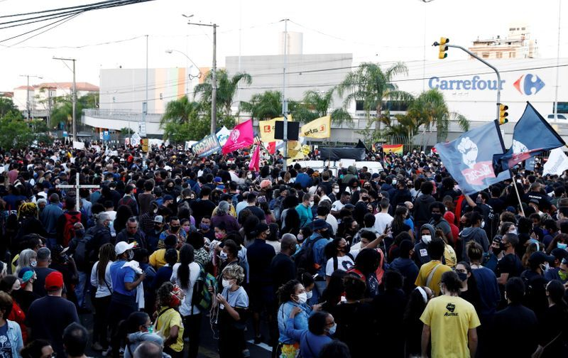 Protests in Brazil after security guards beat black man to death