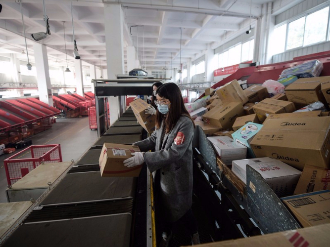 How China's express delivery sector is 'going green'