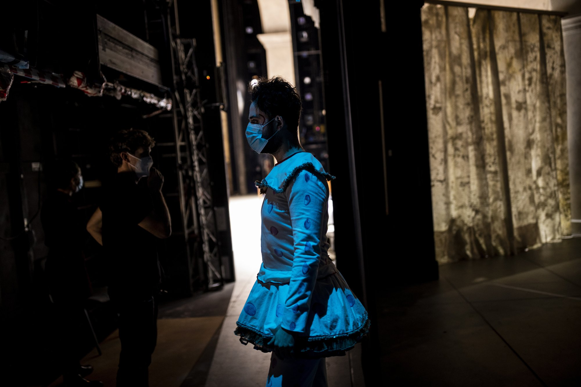The show goes on at Madrid´s opera house despite pandemic