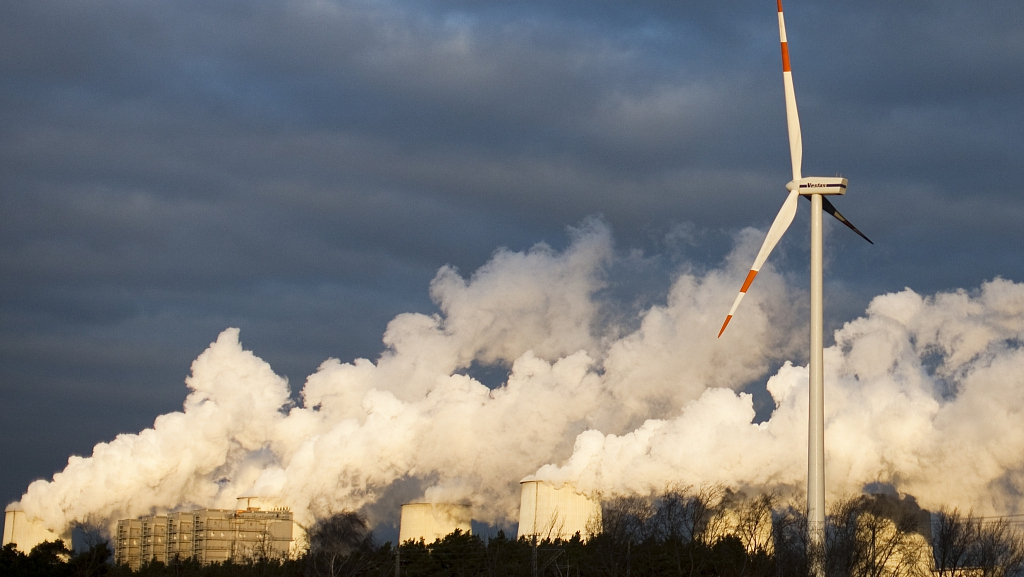 Greenhouse gas levels keep rising despite COVID-19 lockdown